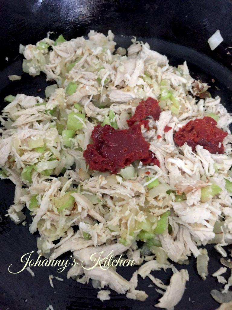 empanada-chicken-veggies-cooking
