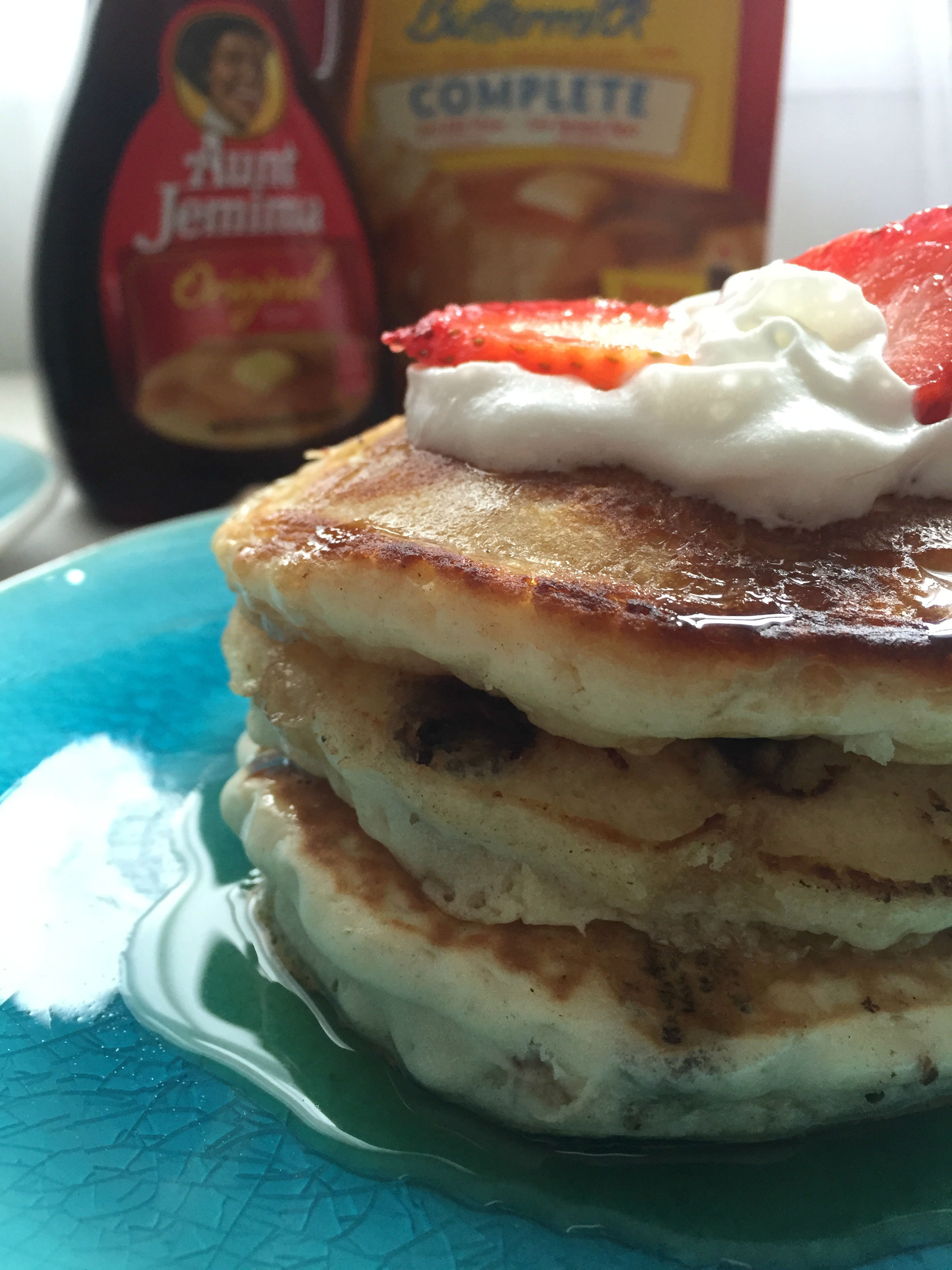Chocolate Chips Pancakes With Fresh Strawberries And Whipped Cream Johanny S Kitchen