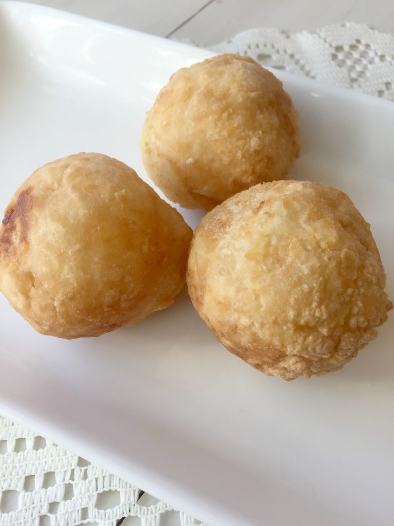 cassava-balls-stuffed-with-cheese