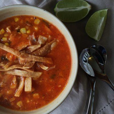 chicken tortilla soup/sopa de pollo y tortillas (Recipe in English and Spanish)