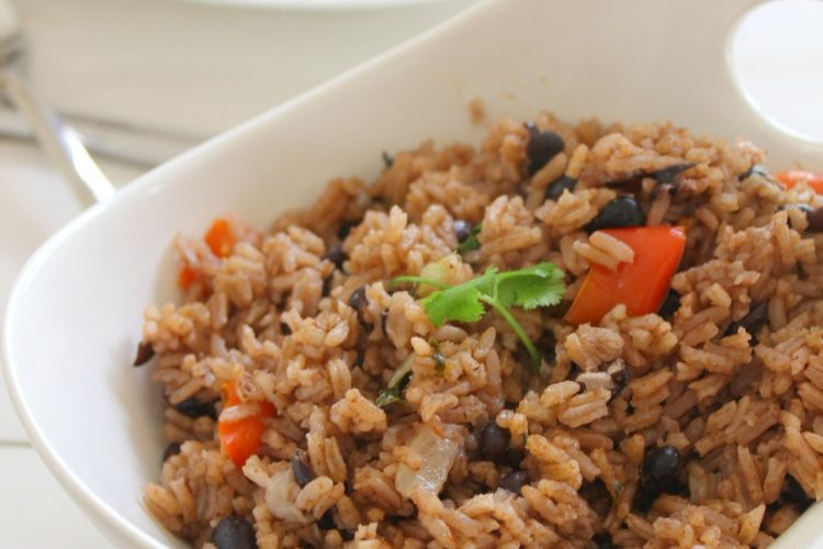 Moro de habichuelas negras ( Rice with black beans)